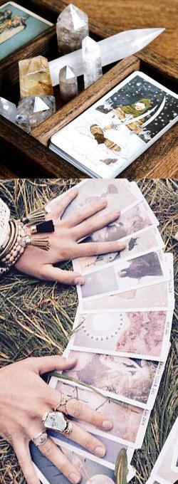 manos-sobre-cartas-del-tarot